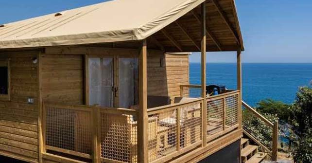 """ECOLODGE  <br><span class=""""subtitle-room"""">2 bedrooms – 7 pers. max– Seaview</span>"""